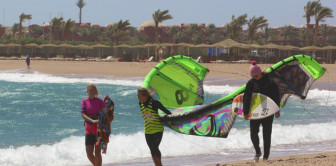 Kite sistas after wave session. Spot - Nabq, Sharm el Sheikh